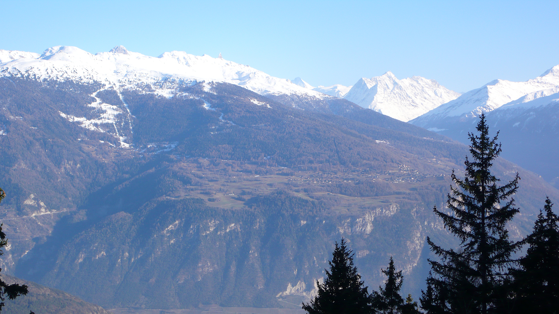 View-of-Nax-from-the-other-side-of-the-Rhone-Valley
